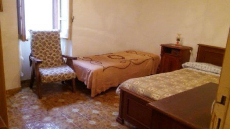 Villanova Monteleone palazzina da ristrutturare a Sassari in Vendita
