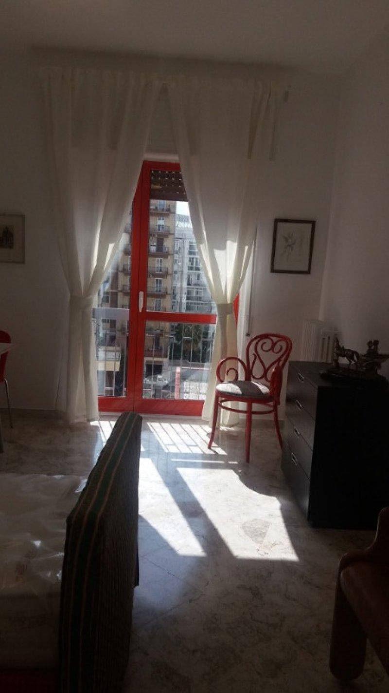 Bari stanza a studentessa vicino politecnico a Bari in Affitto