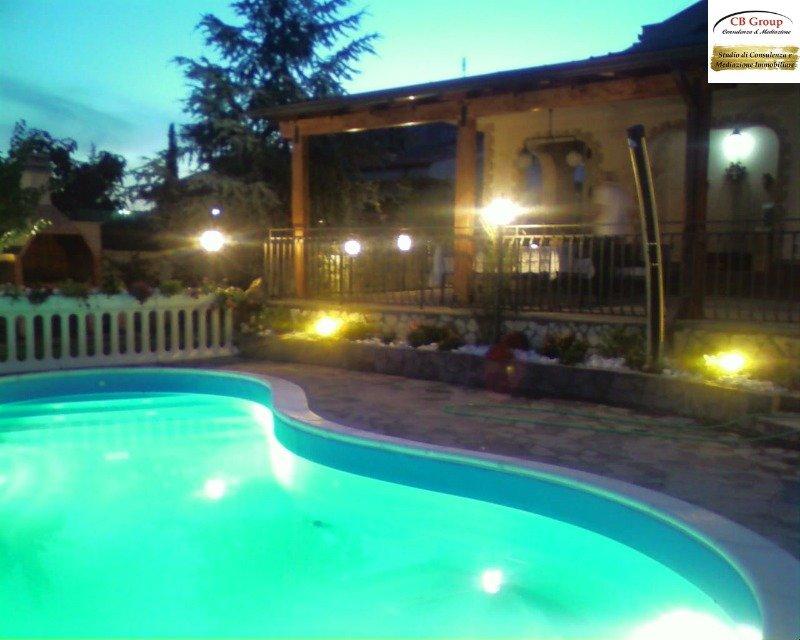 Guidonia Parco Azzurro villa bifamiliare a Roma in Vendita