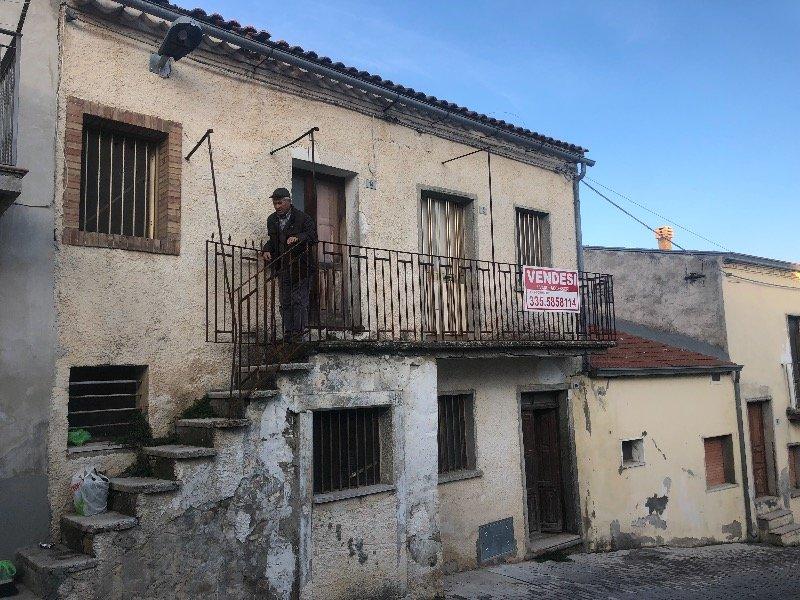 Anzano di Puglia rustico a Foggia in Vendita