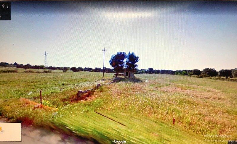 Sava terreno con progetto già approvato a Taranto in Vendita