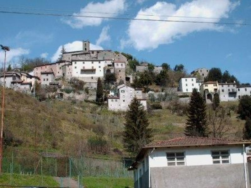 Bagni di Lucca casa a Lucca in Vendita