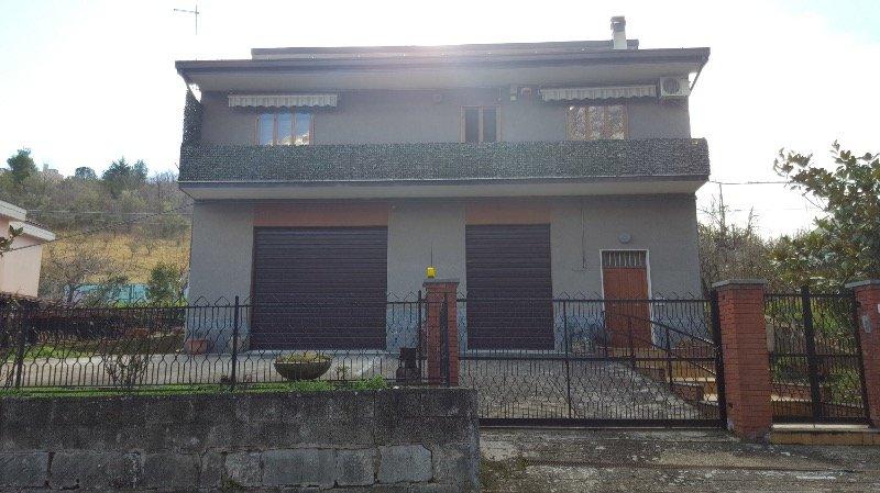 Fara San Martino casa singola a Chieti in Vendita