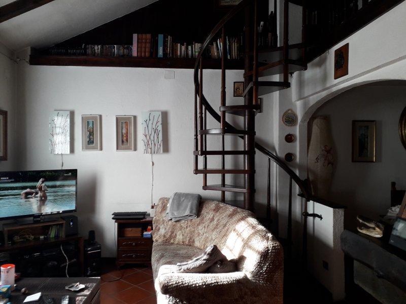 Avegno appartamento in villetta bifamiliare a Genova in Vendita
