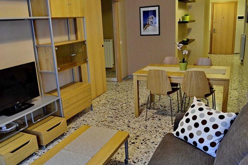Terracina luminoso appartamento con vista mare a Latina in Affitto