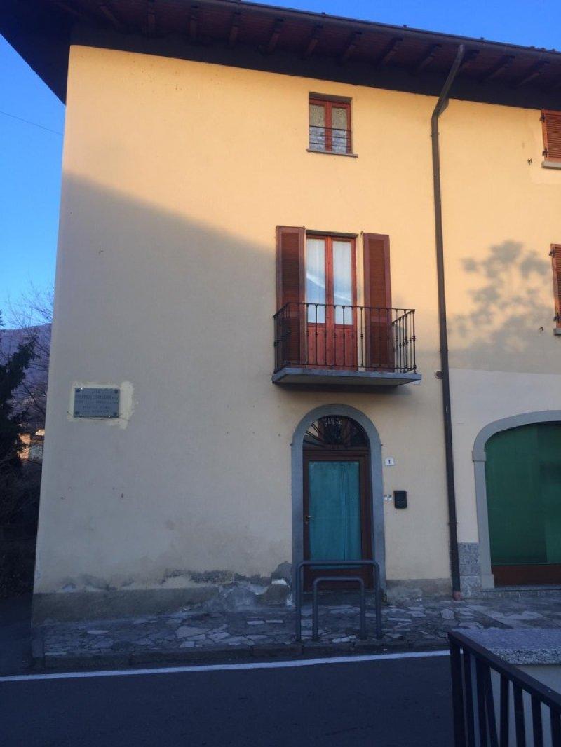 Predore casa indipendente a Bergamo in Vendita