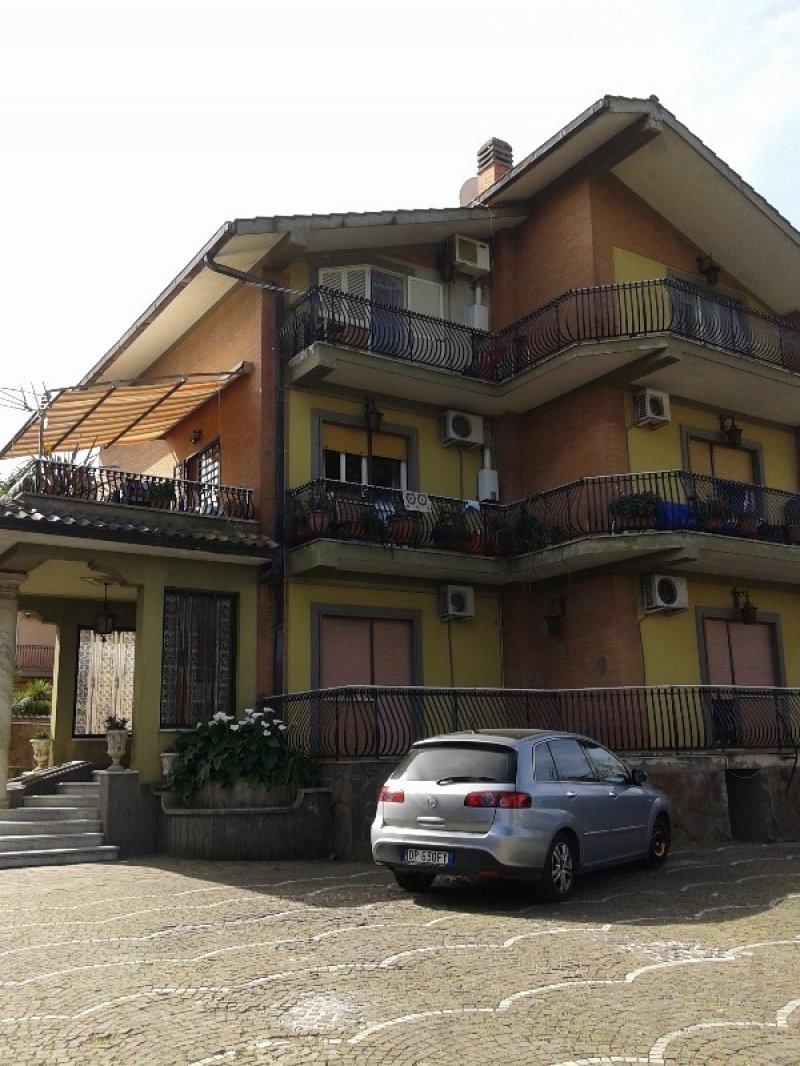 Ariccia villa prestigiosa a Roma in Vendita