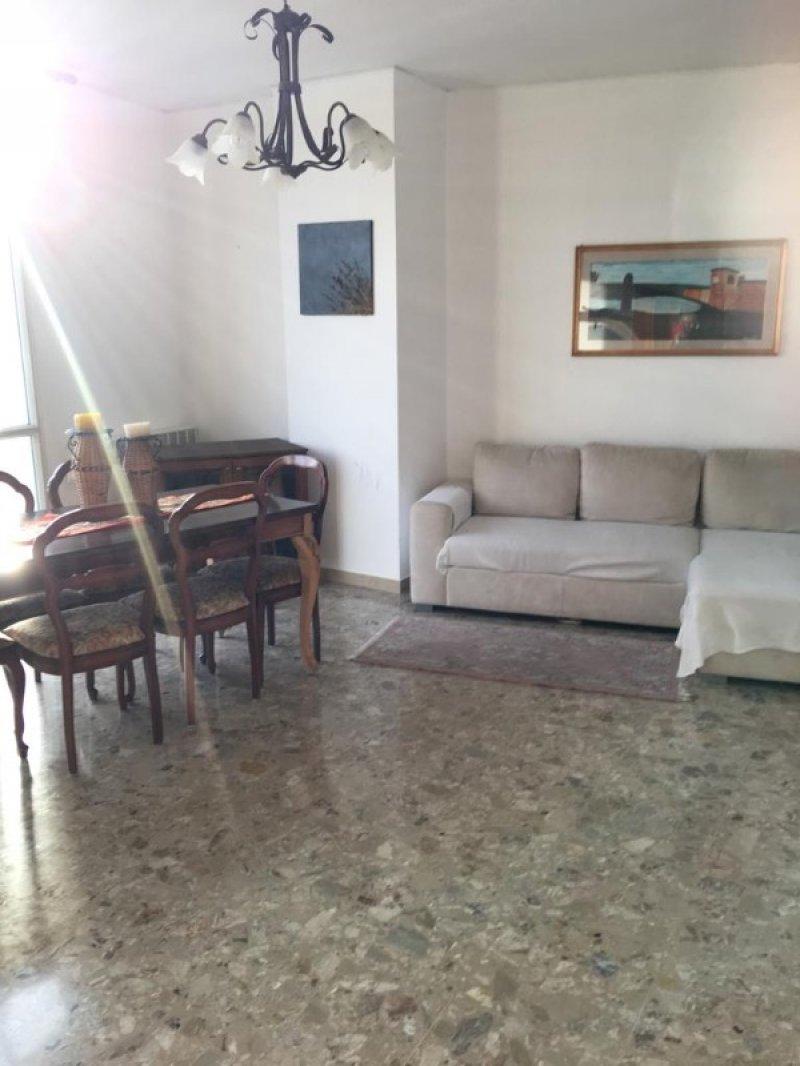 In centro ad Ostiglia appartamento a Mantova in Affitto