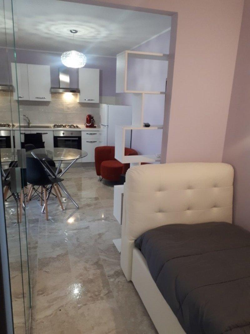 Lecce monolocale arredato con mobili nuovi a Lecce in Vendita