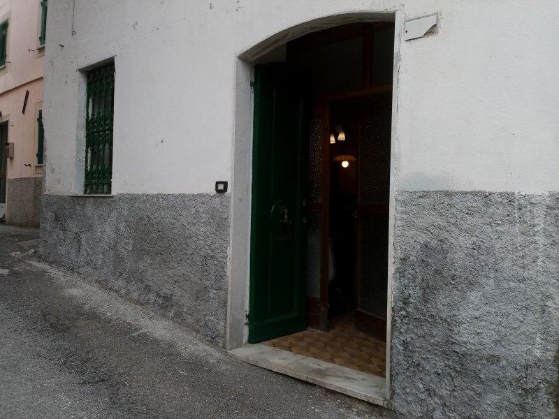 Crocefieschi monolocale a Genova in Affitto