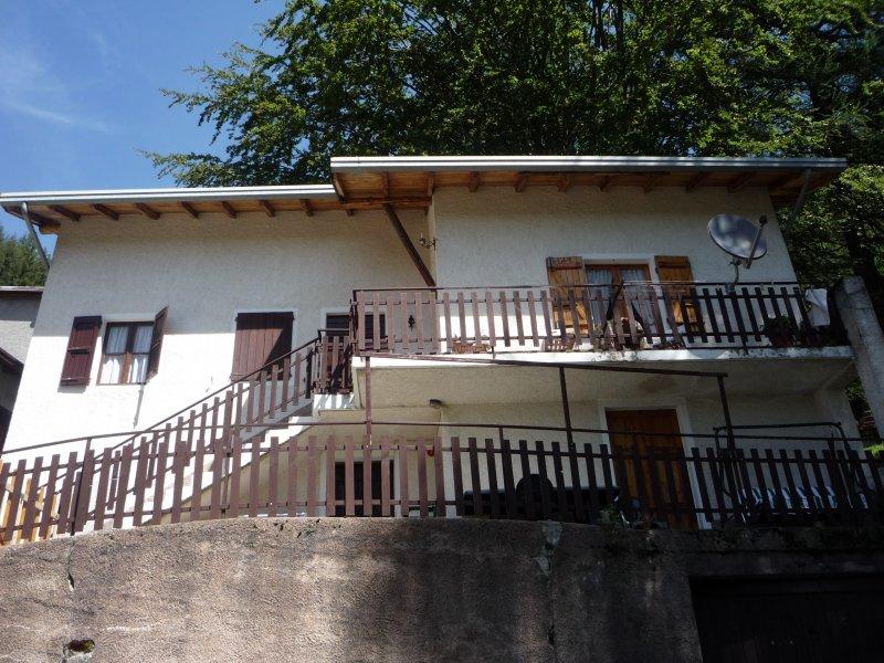 Introzzo casa di montagna a Lecco in Vendita