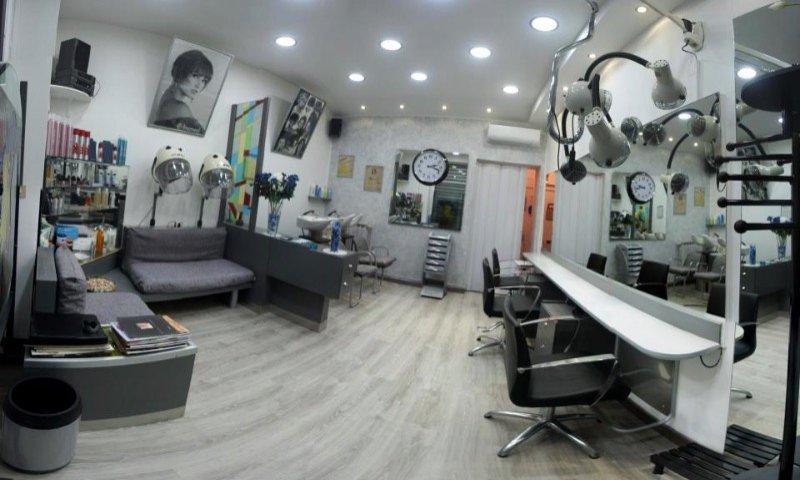 Corsico attività parrucchiere uomo donna bambino a Milano in Vendita