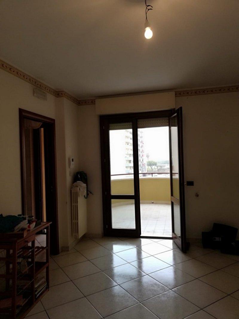 Barletta appartamento in complesso signorile a Barletta-Andria-Trani in Affitto