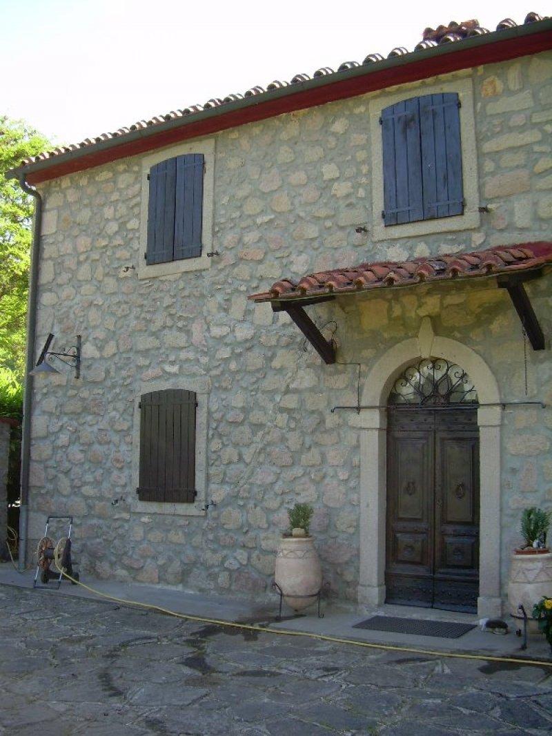 Santa Fiora antico casale a Grosseto in Vendita
