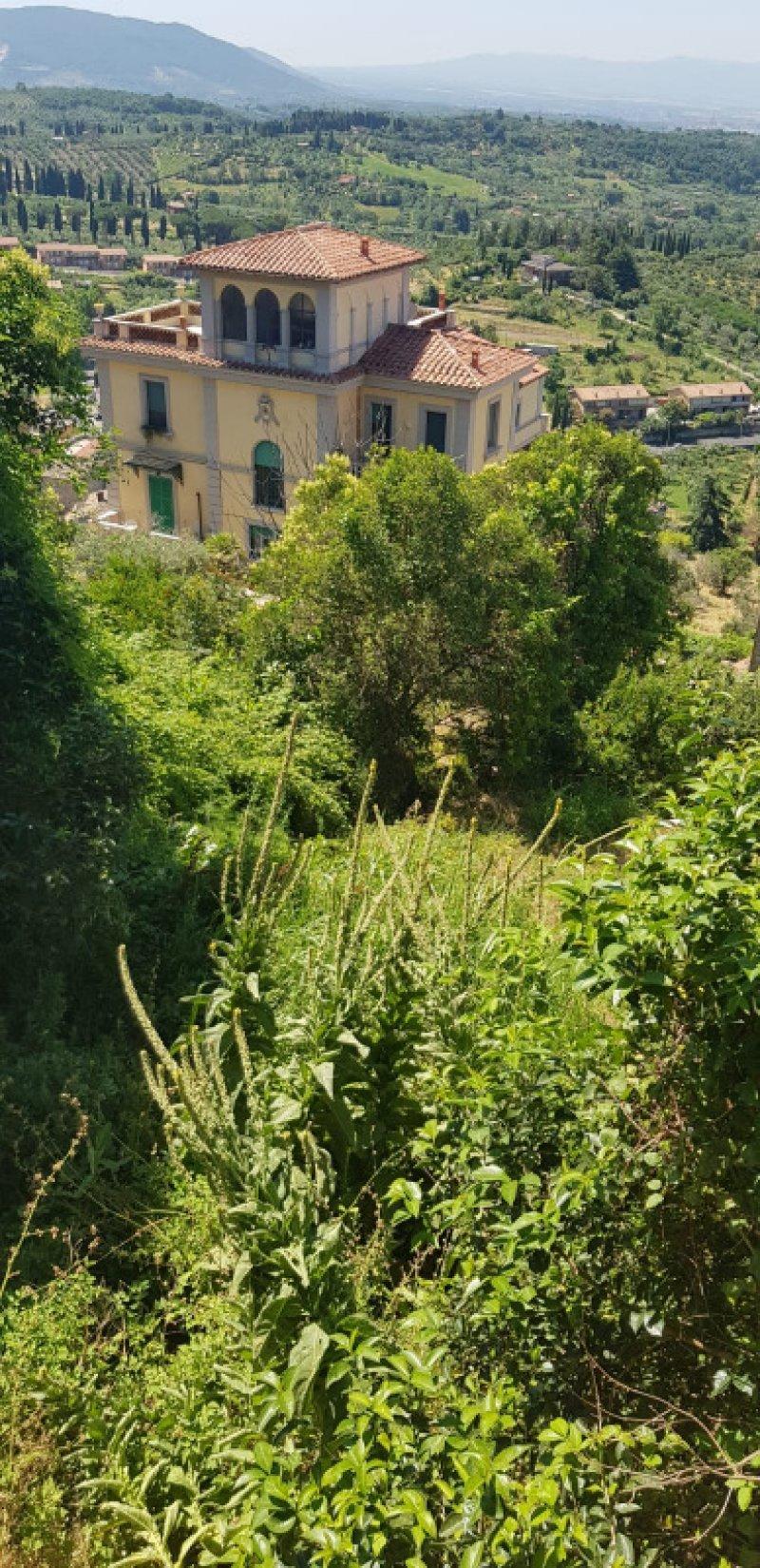 Palombara Sabina in zona centrale terreno a Roma in Vendita