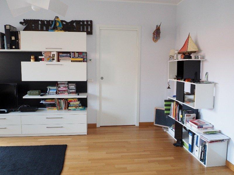 Busto Arsizio appartamento con garage a Varese in Vendita