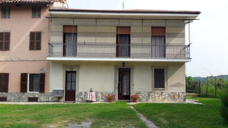 Montafia casa a Asti in Vendita