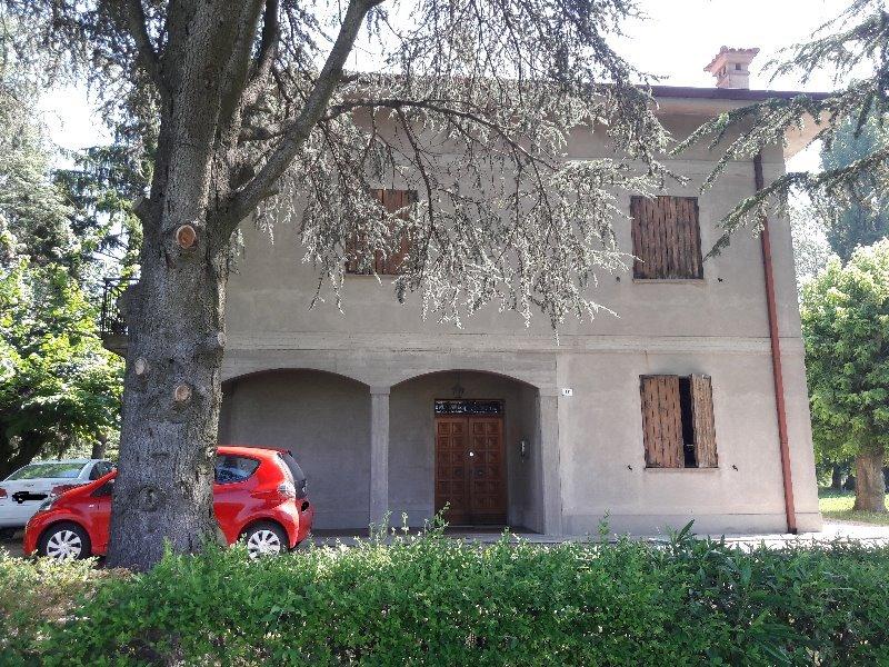Poggio Renatico casa colonica a Ferrara in Vendita