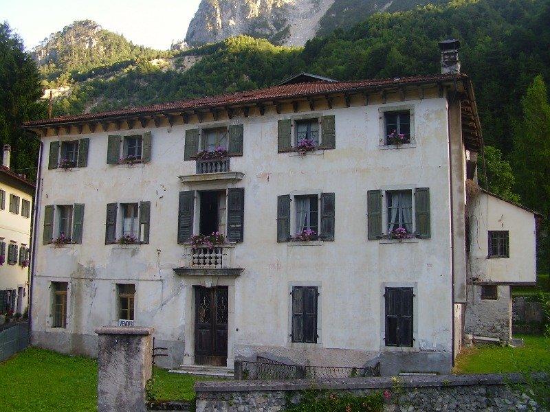 Ospitale di Cadore palazzina stile veneziano a Belluno in Vendita