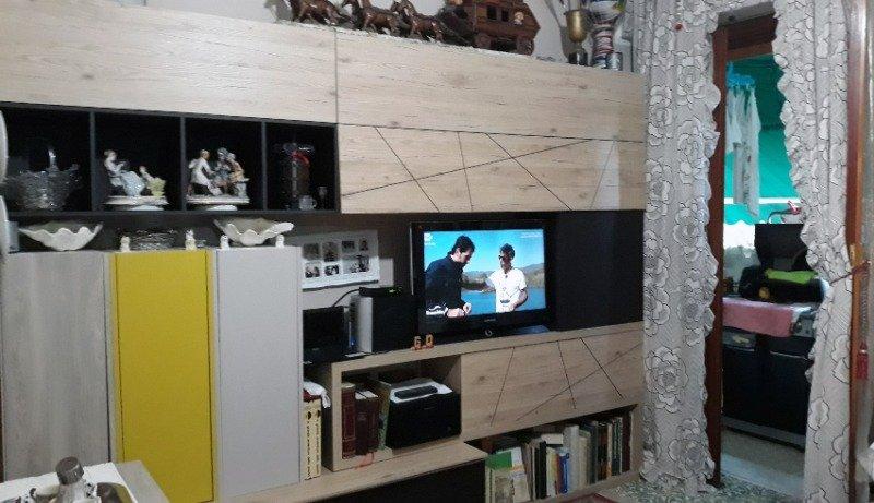 Rapallo appartamento con arredamento su misura a Genova in Affitto