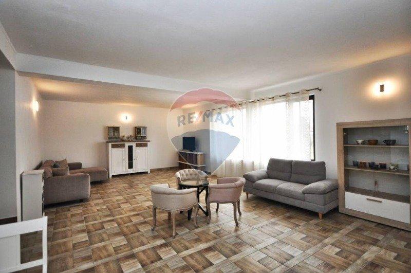 Transilvania casa arredata a Romania in Vendita