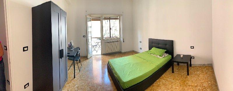 Roma zona Subaugusta stanze a Roma in Affitto