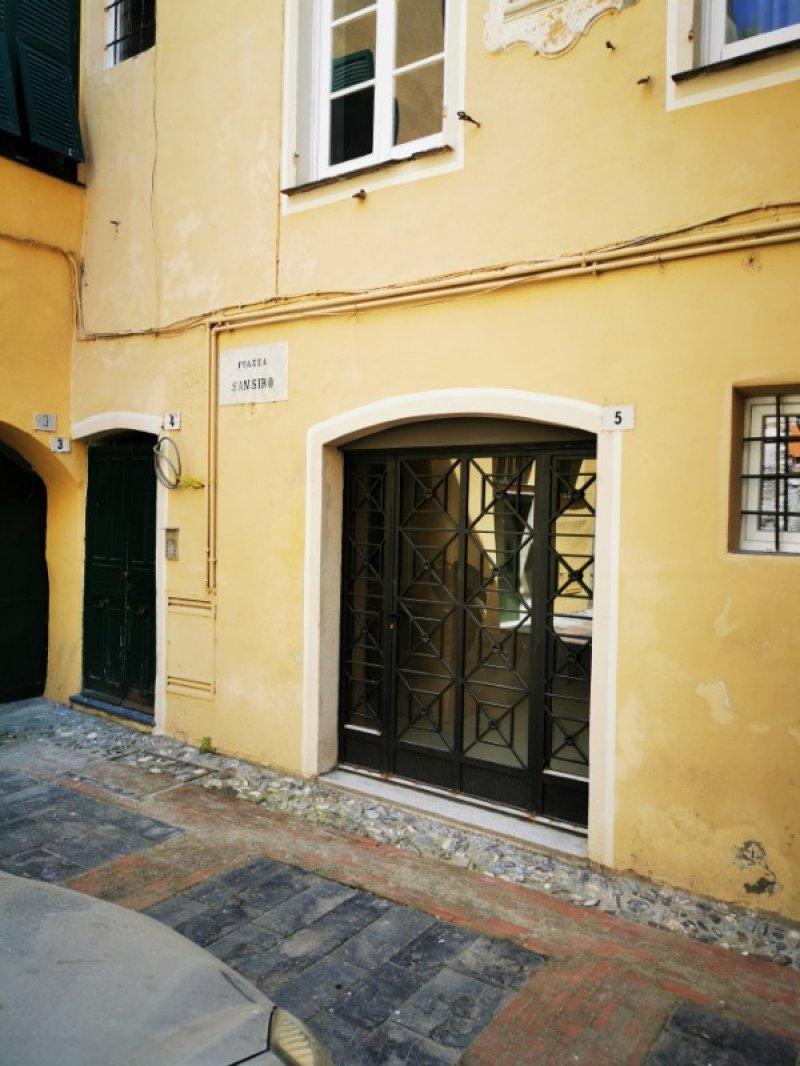 Centro storico di Albenga appartamento a Savona in Vendita