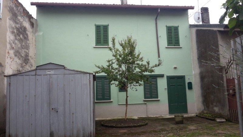 Castiglione d'Adda rustico casale a Lodi in Vendita