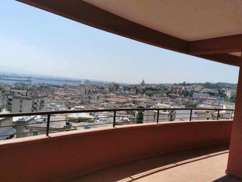Messina Salita Ogliastri appartamenti a Messina in Vendita