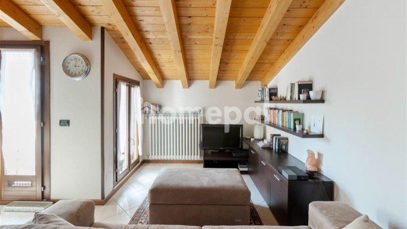 Offlaga appartamento bilocale a Brescia in Vendita