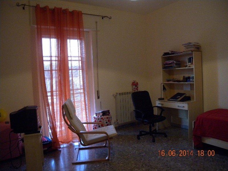 Roma offro camera a studentessa in appartamento a Roma in Affitto