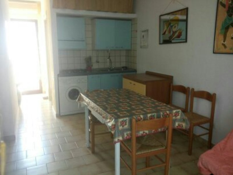 Quartu Sant'Elena villetta a schiera con veranda a Cagliari in Vendita