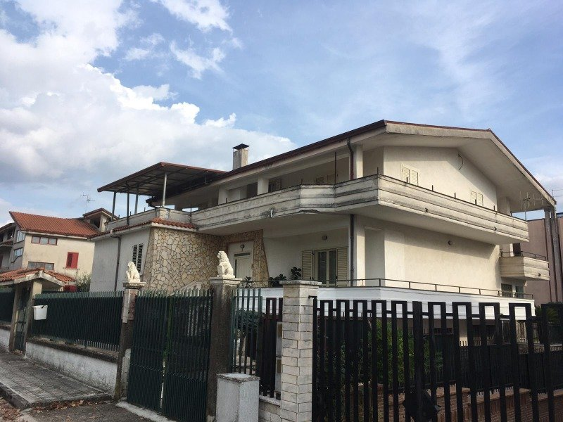 Pietramelara villa singola a Caserta in Vendita