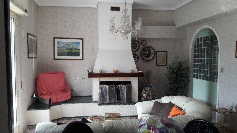 Lentini appartamento con terrazzo e garage a Siracusa in Vendita