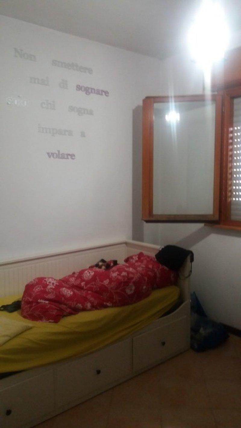 Roma stanza per solo donne a Roma in Affitto