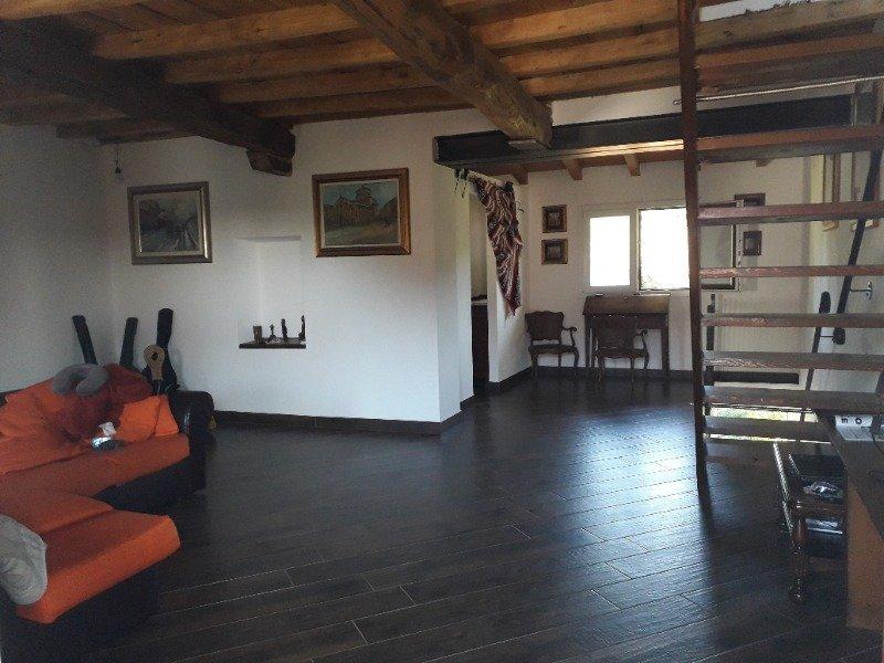 Pombia cascina ristrutturata di recente a Novara in Vendita