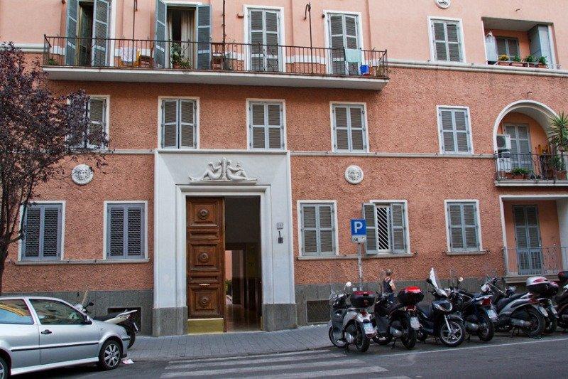 Roma San Giovanni stanza arredata a Roma in Affitto