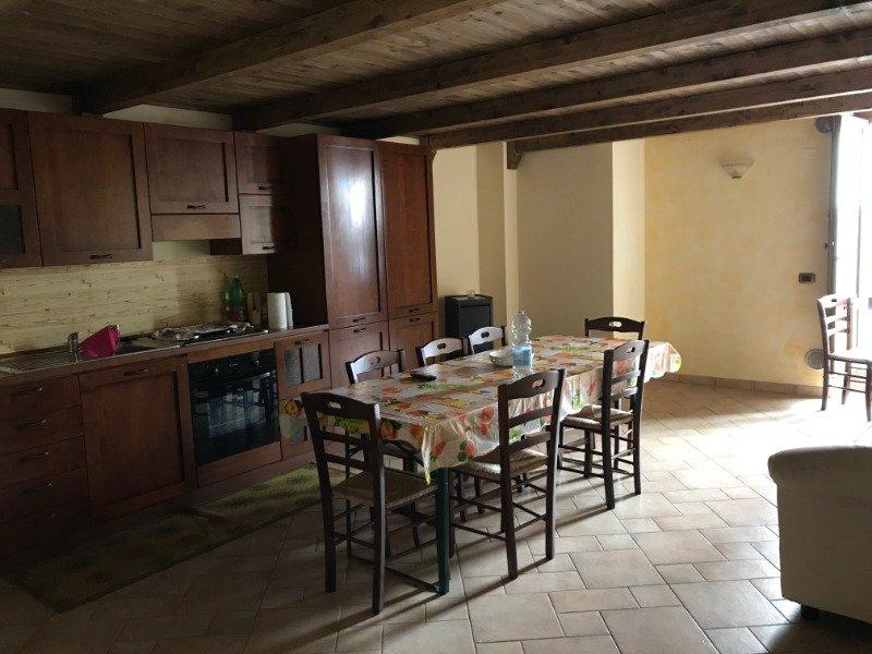 Buonabitacolo casa padronale a Salerno in Affitto