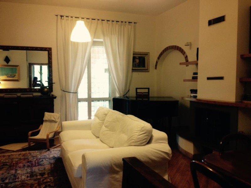 Roma appartamento in antico casale a Roma in Affitto