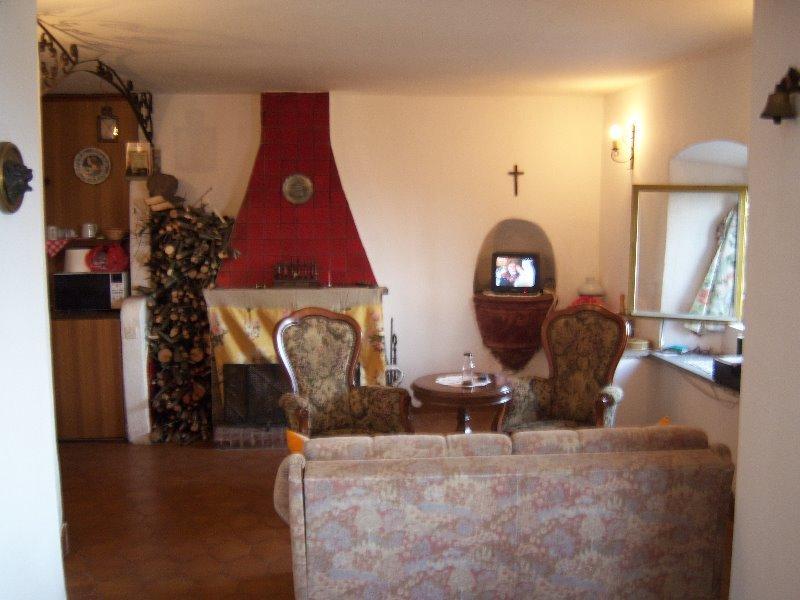 Pistoia appartamento in collina panoramica a Pistoia in Vendita