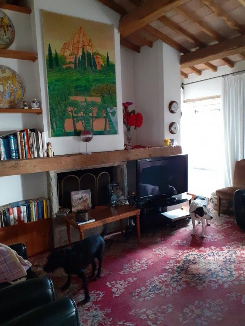 Perugia appartamento su villa a Perugia in Affitto