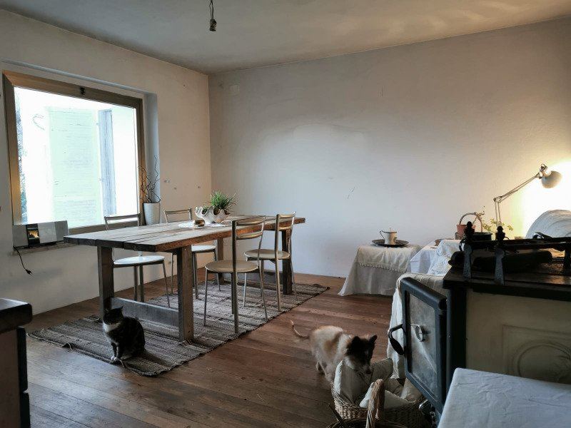 Nimis casa in posizione panoramica a Udine in Vendita