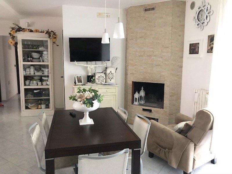 A Brindisi appartamento arredato a Brindisi in Vendita