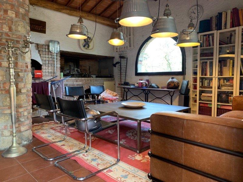 Barberino Val d'Elsa casale antico a Firenze in Affitto