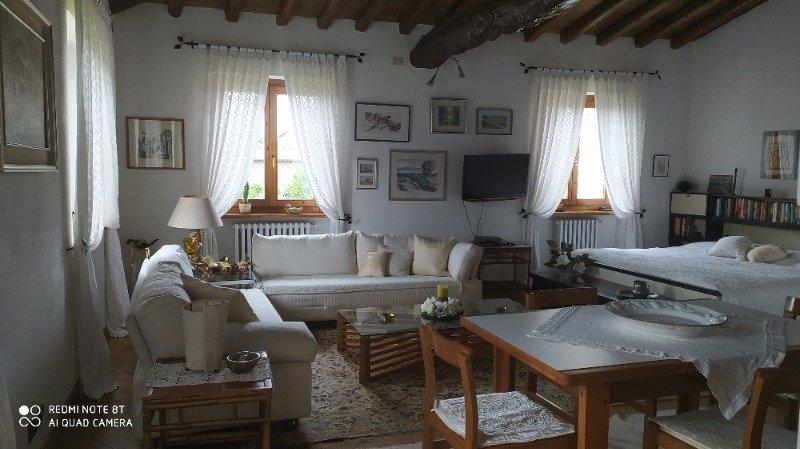 Almenno San Bartolomeo mansarda open space a Bergamo in Affitto