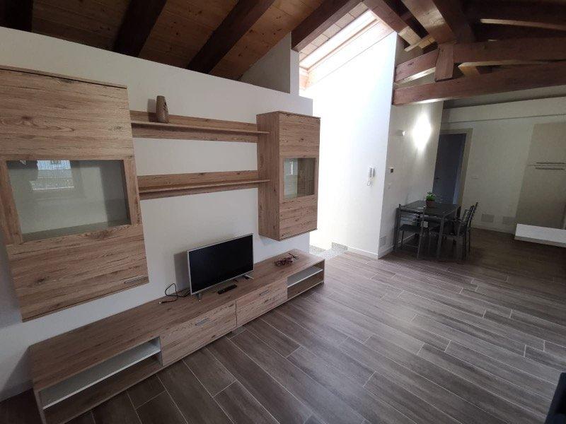 Campoformido a brevi periodi appartamento a Udine in Vendita
