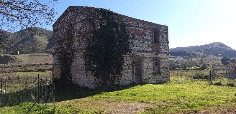 Prizzi rustico a Palermo in Vendita