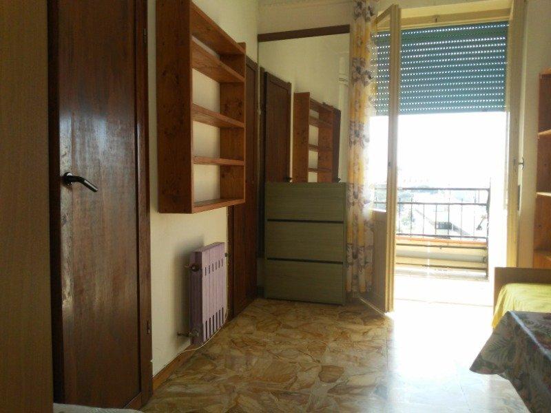 Cagliari centro monolocale arredato a Cagliari in Affitto
