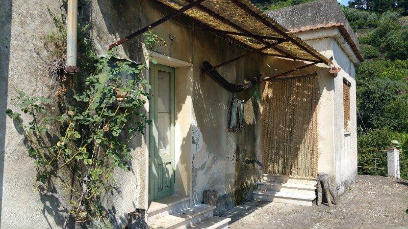 Mascali casa rurale panoramica a Catania in Vendita