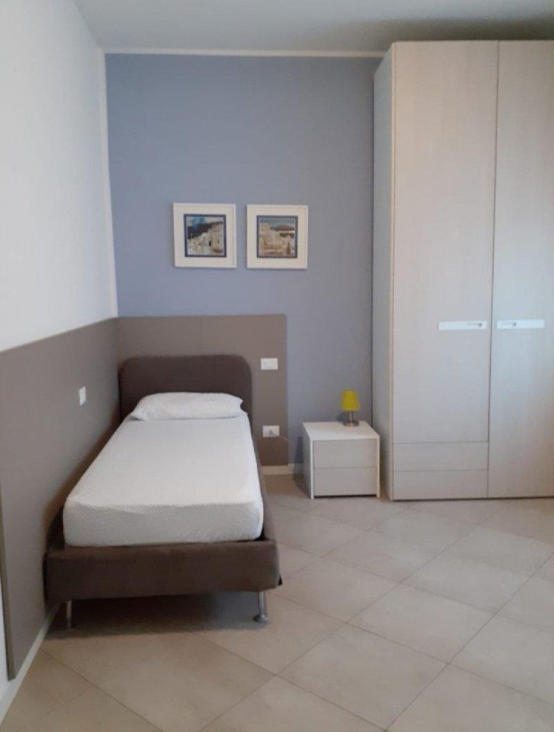 Verona stanza ad uso singolo in appartamento a Verona in Affitto